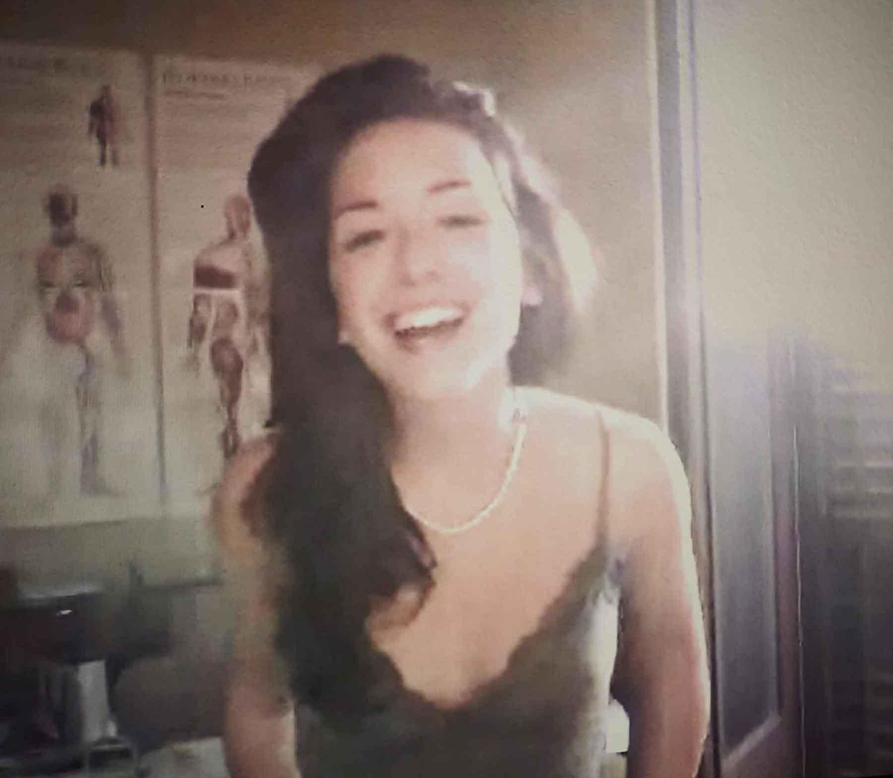 HELENA, 24, BARCELONA, SPAIN helenaandandand710