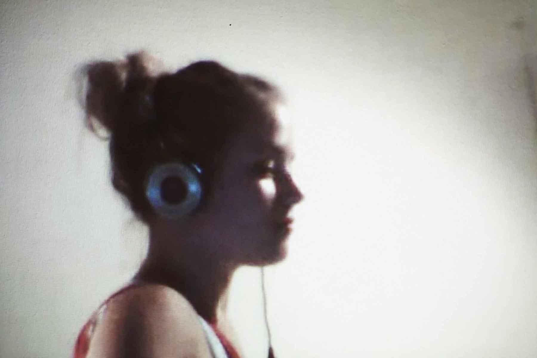 KATRIN, 25, DUESSELDORF, GERMANY