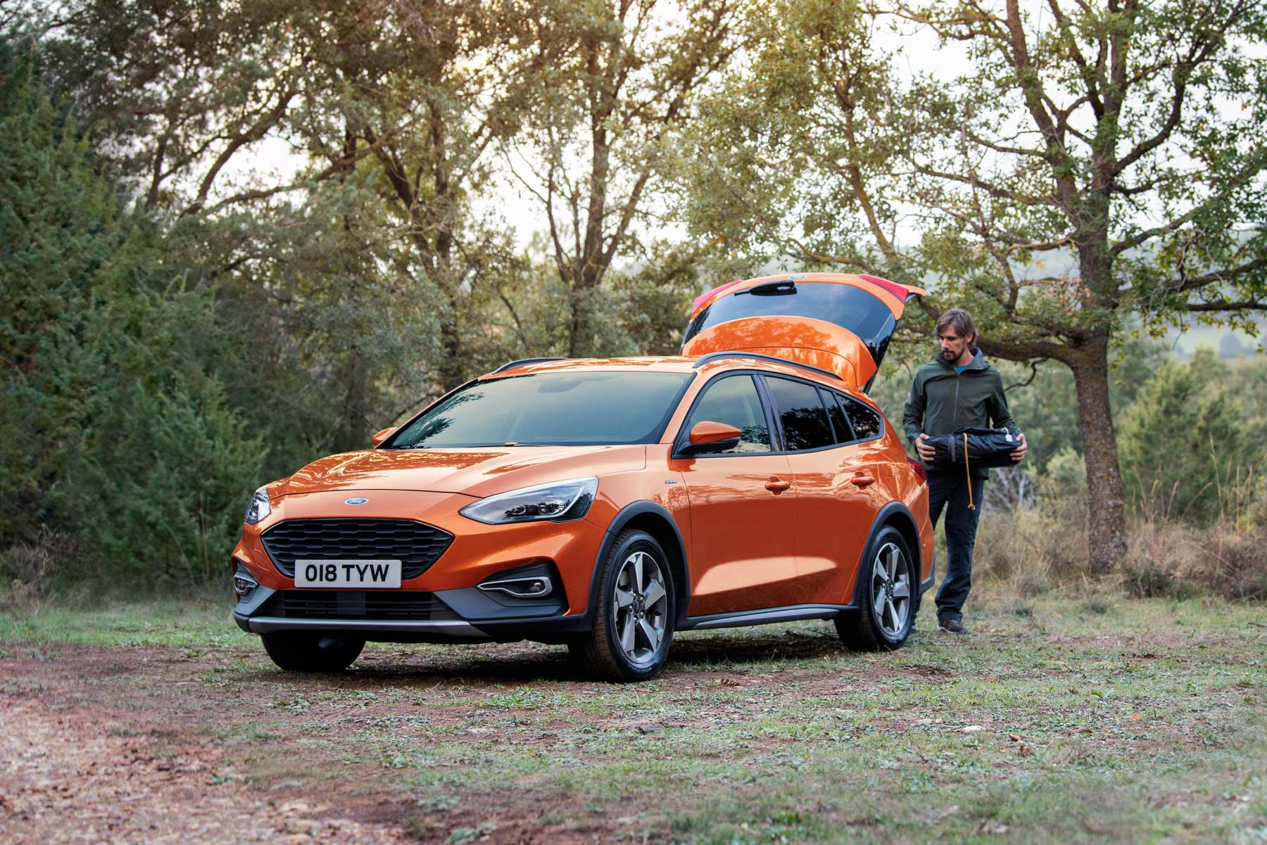 Ford Focus Active ford_2018_focus_active_wagon_nov_9