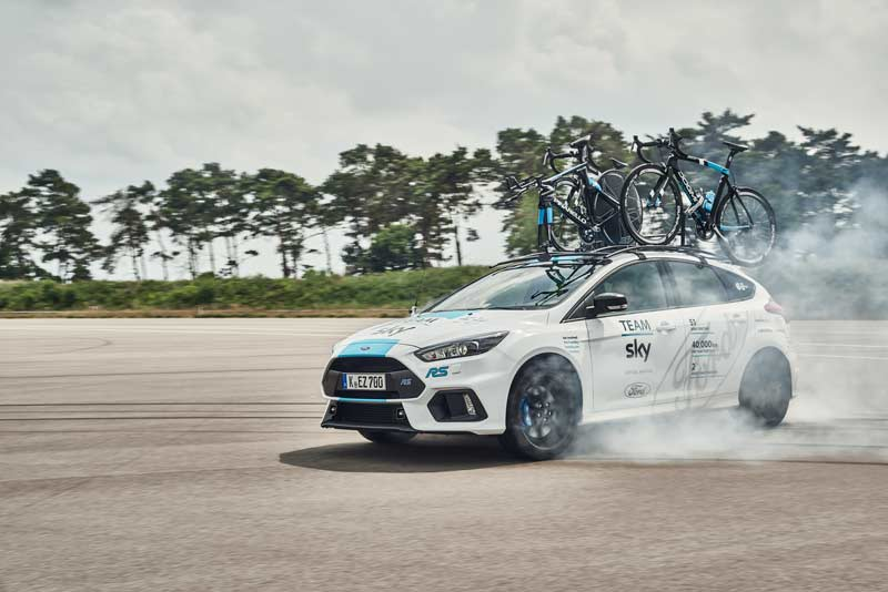 Journal ford_2017_focus_rs_teamsky_01