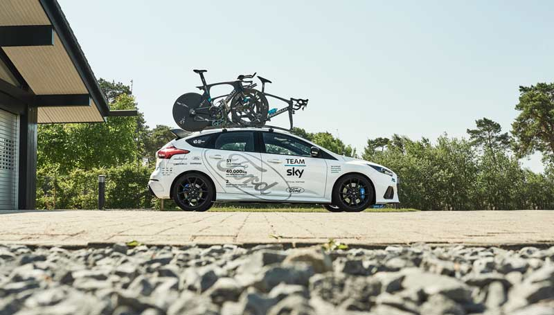 FOCUS RS X TEAM SKY ford_2017_focus_rs_teamsky_02