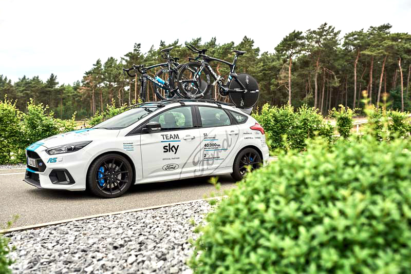 Journal ford_2017_focus_rs_teamsky_08
