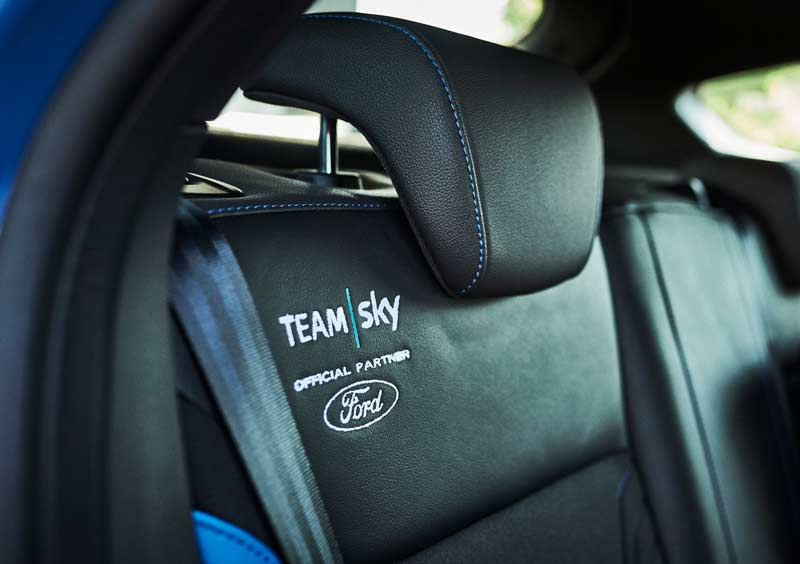 Journal ford_2017_focus_rs_teamsky_13