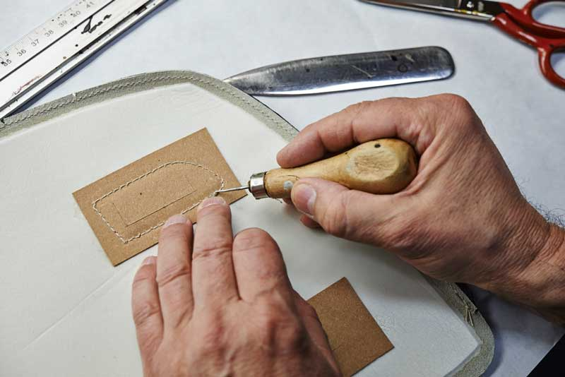 Journal 2014.03.14-reportage-craftmanship-leather-vignale-dsc2295