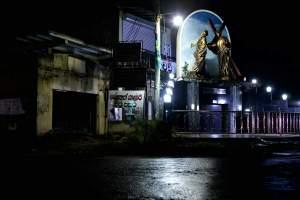 Nights on earth 2007.12.06-landscape-sri-lanka-shrine-2